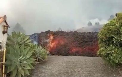Duras críticas a las televisiones por su casi nula cobertura de la erupción volcánica