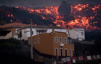 El Gobierno canario prepara un decreto para reconstruir las casas devoradas por la lava