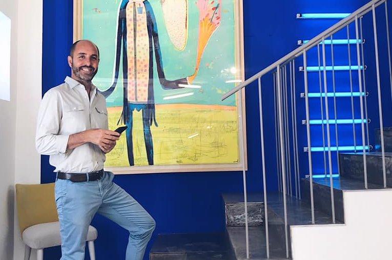Armando Pinedo, cambio de aires