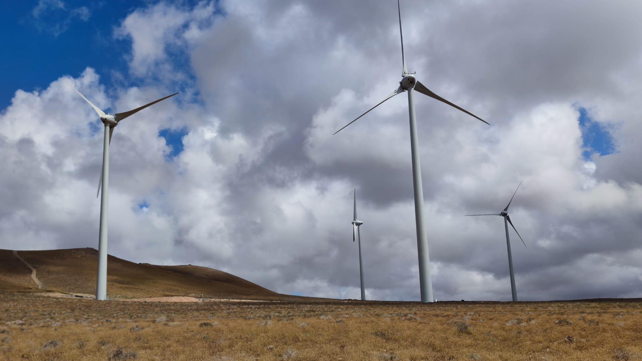 Comienzan a producir energía los cuatro aerogeneradores del Parque Eólico Arrecife
