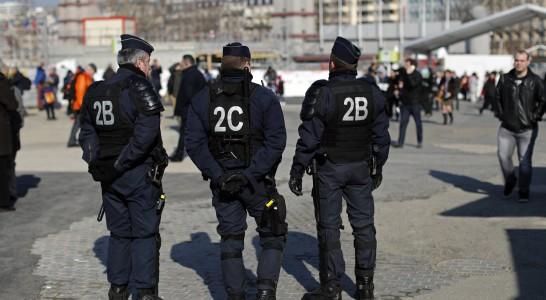 Alarma en París ante la caída de los ingresos turísticos desde los atentados