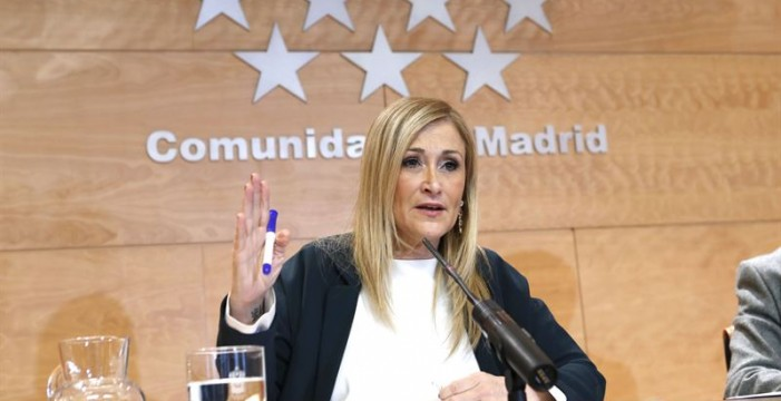 Cristina Cifuentes renuncia a su máster de la URJC en una carta dirigida al rector