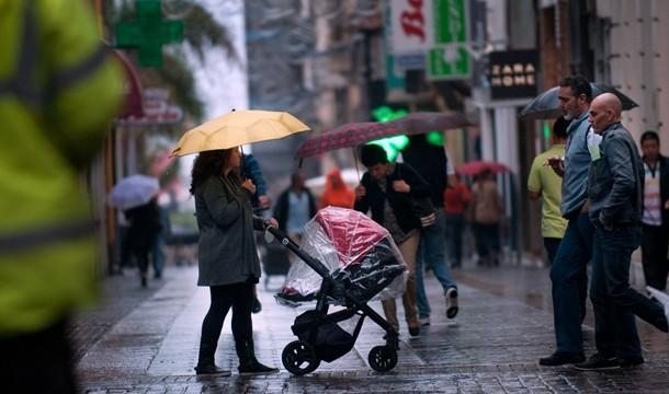 Un frente atlántico traerá lluvias a casi toda España a partir del Jueves Santo