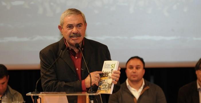 Doble presentación en La Palma del libro de José Miguel Martín