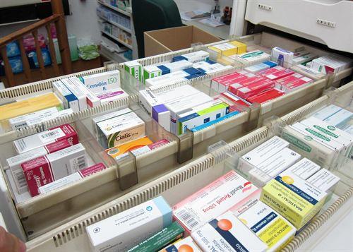 Sanidad anuncia la preparación de un Plan de Prevención para la escasez de medicamentos