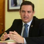 El alcalde de Arona, José Julián Mena. Foto SERGIO MÉNDEZ