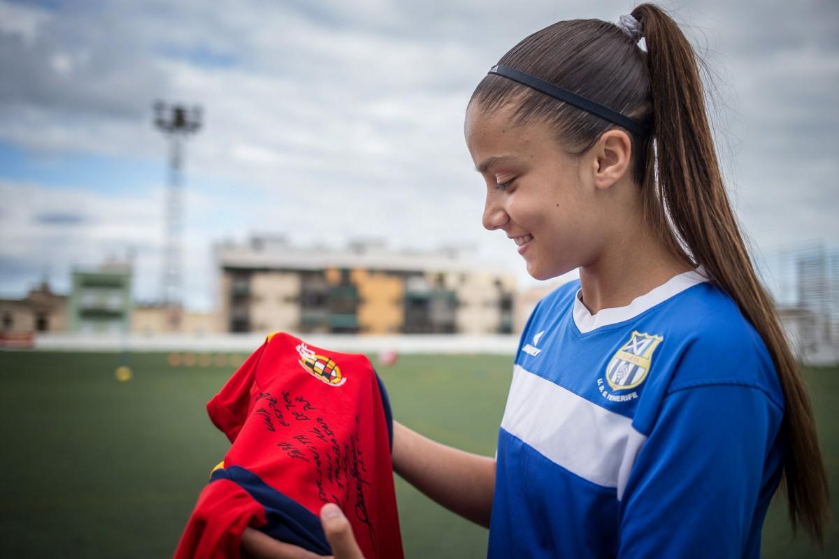 La jugadora del Granadilla está muy ilusionada con su primera convocatoria con la selección española. /Andrés Gutiérrez