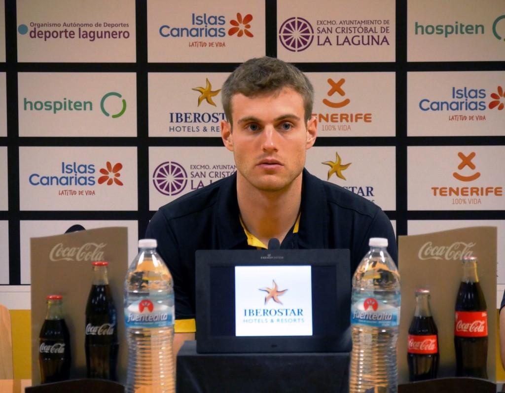 El jugador, durante la rueda de prensa| CB CANARIAS