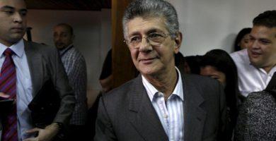"""La oposición acusa a Maduro de querer """"enfriar las calles y ganar tiempo"""""""