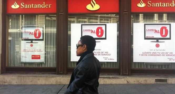 El Santander devuelve 516 euros a un tinerfeño por cobrarle comisiones durante seis años