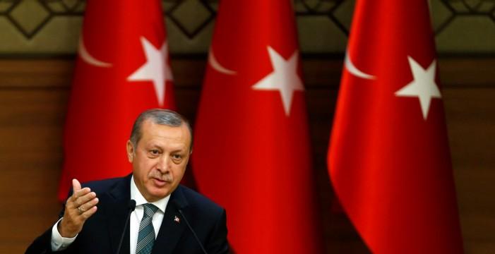 """Erdogan arremete contra Trump por su decisión: """"¿Qué quieres hacer con ello?"""""""