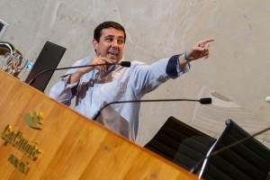 Daniel Escobar lidera el proyecto Ajeduca (Ajedrez y Educación) en Jerez de La Frontera. / S.M.