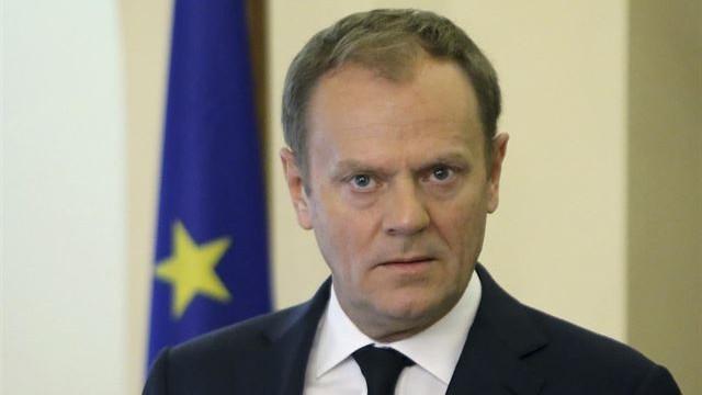 Tusk convoca una cumbre extraordinaria el 29 de abril para fijar las líneas de negociación para el 'Brexit'