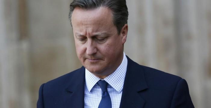 """Cameron advierte a quienes """"atacan la democracia"""" de que """"nunca ganarán"""""""
