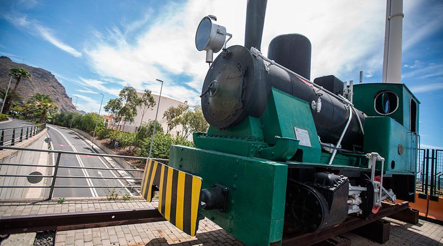 Locomotora F6. Una de las cinco locomotoras de vapor que llegaron al puerto en 1924. / A. G.