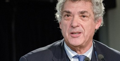 La FIFA multa con más de 200.000 euros a la RFEF por infringir la normativa en los fichajes de menor de 18 años