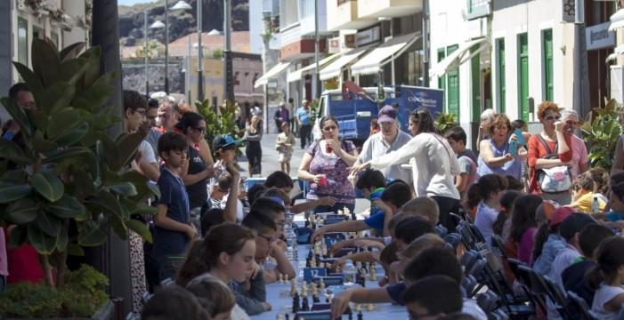 La Victoria y Santa Cruz, campeones del Interescuelas de Ajedrez