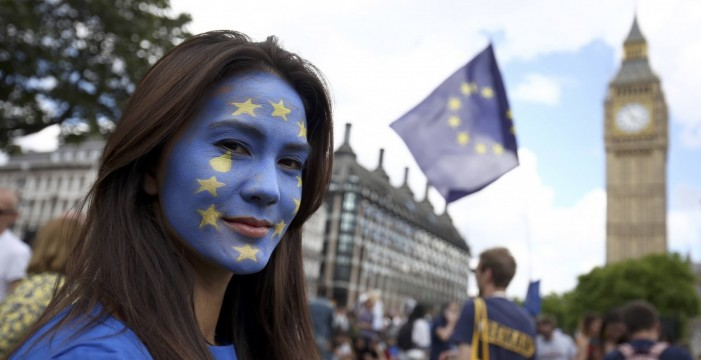Reino Unido ofrece tres años de margen a los nuevos inmigrantes de la UE en caso de brexit sin acuerdo