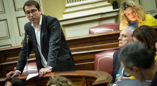 El Parlamento de Canarias tramita actualmente más de mil preguntas