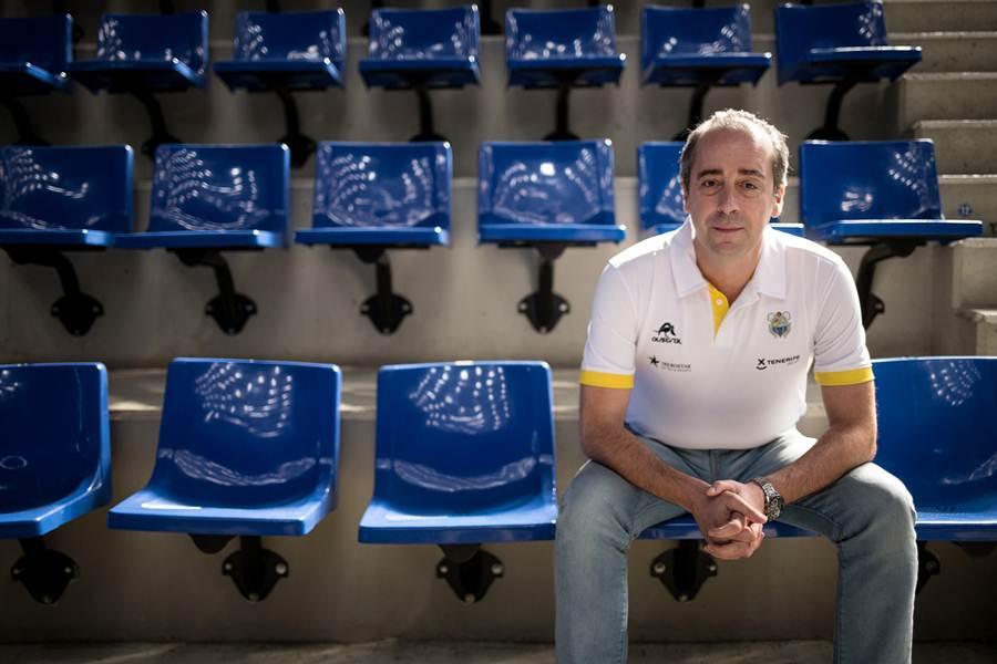 El entrenador vasco ganó la Basketball Champions League con el Iberostar Tenerife. A.G