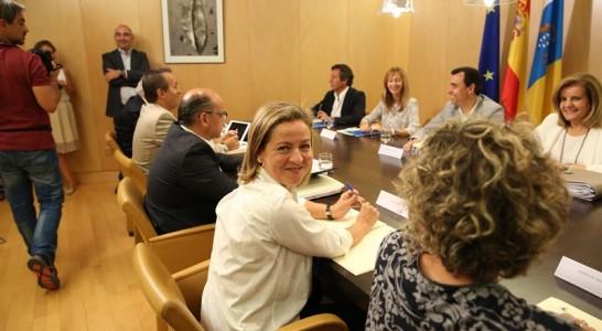 Coalición Canaria se acerca a un acuerdo con el PP, pero a la espera de leer qué pacta con Ciudadanos