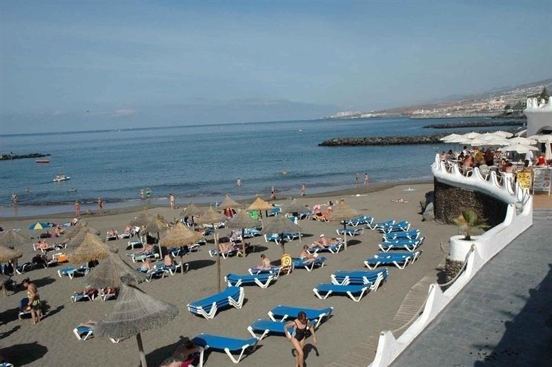Las playas canarias son las m s baratas para alquilar una for Tumbona playa decathlon