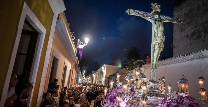 Un grupo de mujeres desafía el 'machismo' de la Esclavitud del Cristo de La Laguna