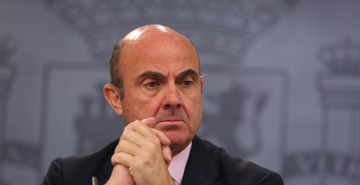 """La Eurocámara cree que el candidato irlandés al BCE fue """"más convincente"""" que De Guindos"""