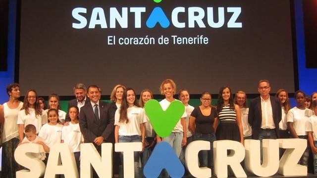"""Santa Cruz de Tenerife renueva su imagen y se reivindica como el """"corazón"""" de la isla"""