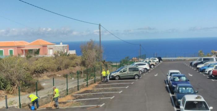 Cabildo y Ayuntamiento se pasan la pelota sobre la limpieza del parking del hospital del Norte