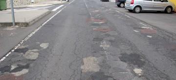El Gobierno local denuncia el incumplimiento del Cabildo con la carretera de El Castillo