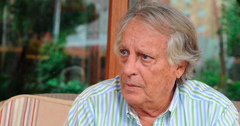 Alberto Vázquez- Figueroa