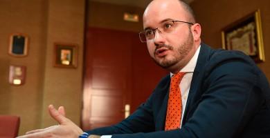 """Fermín Albaladejo: """"Los sindicatos y organizaciones empresariales deben financiarse solo con las cuotas"""""""