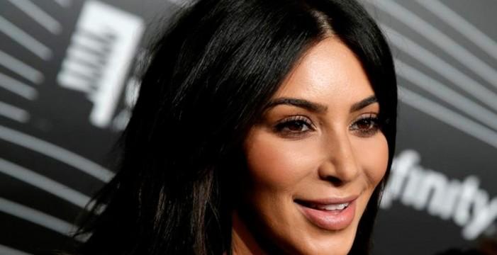 Kim Kardashian sube la temperatura de las redes sociales otra vez