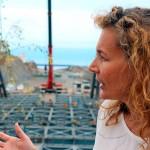 La consejera de Obras Públicas, Ornella Chacón, en una visita al viaducto de Erques en plena construcción. DA