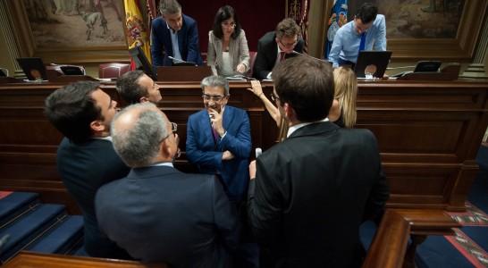 La participación ciudadana se ha ejercido a través de 461 iniciativas en el Parlamento de Canarias