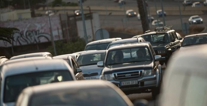 Las distracciones son la principal causa de accidentes mortales, por encima de la alta velocidad