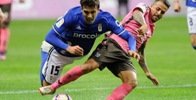 Linares agranda la herida del CD Tenerife