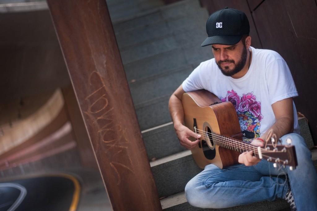 Diego Ojeda, poeta y cantautor. / FRAN PALLERO