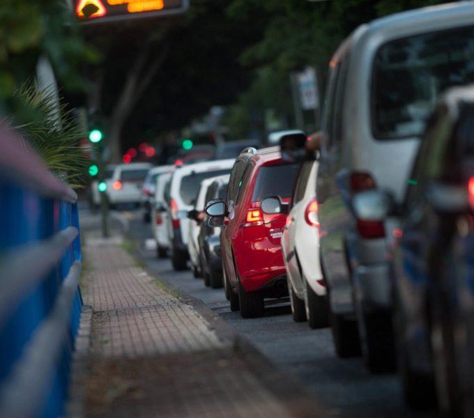 Santa Cruz 'castiga' la circulación de vehículos con una sola persona