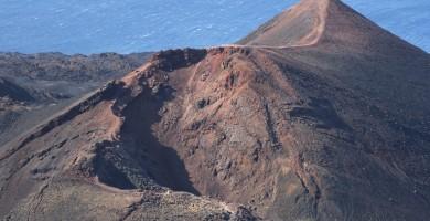 Refuerzan la vigilancia volcánica en La Palma pese a remitir la actividad sísmica