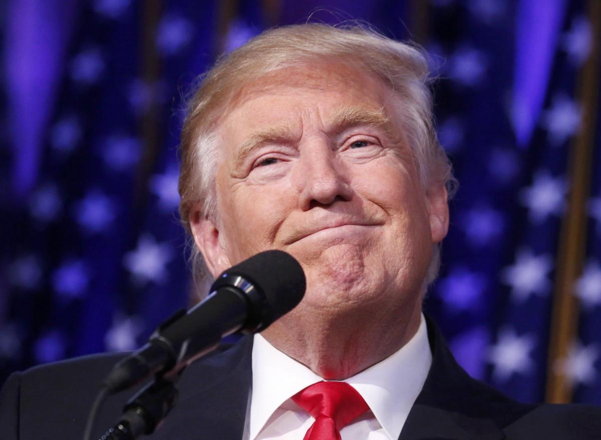 Donald Trump, nuevo presidente de los EEUU en su discurso como vencedor de las elecciones presidenciales en EEUU | FOTO: REUTERS/Carlo Allegri