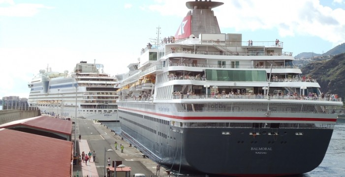 Piden un nuevo remolcador para facilitar la llegada de los cruceros