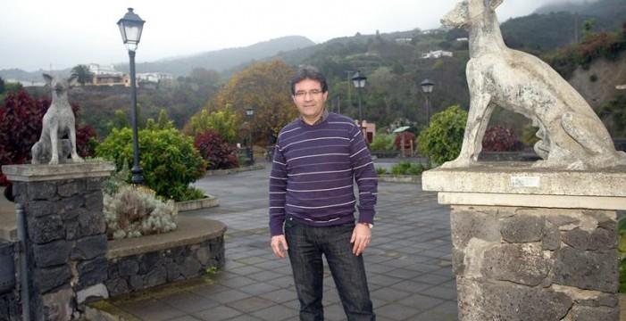 """José Adrián, alcalde de Puntallana: """"El desarrollo futuro va a venir al norte de la isla y en especial a Puntallana"""""""
