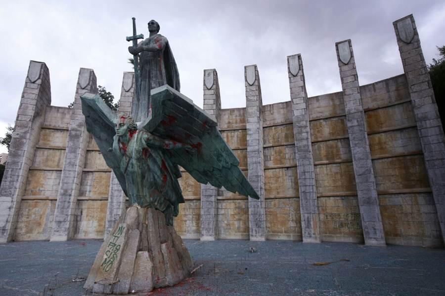 monumento a franco pintado 1
