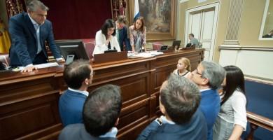 El nuevo Estatuto de Canarias permitiría disolver ya el Parlamento