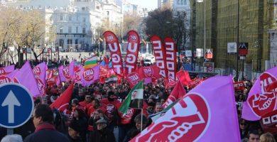 CCOO y UGT piden a los trabajadores y al Parlamento apoyo para el paro del 8 de marzo