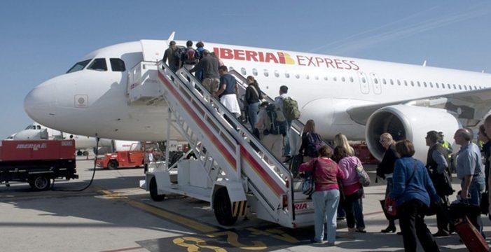 Turismo luchará en FITUR por mantener de los vuelos de Air Berlín