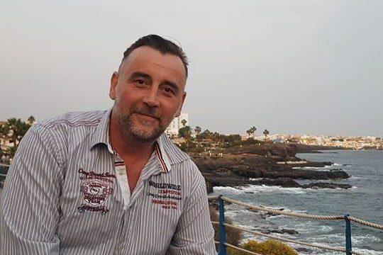 """Lutz Bachmann, la primera persona non grata en Tenerife: """"Ahora no es momento de hablar"""""""