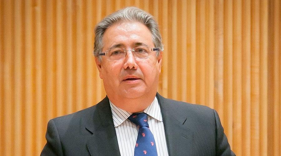 Zoido pide m s coordinaci n de la guardia civil y la for Zoido ministro del interior